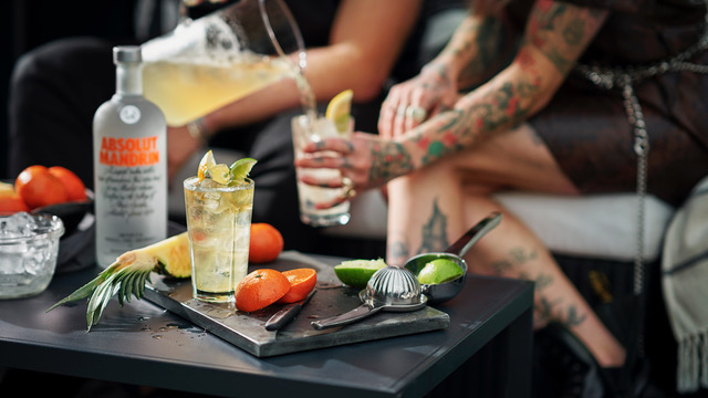 drink_absolut-mandrin-punch_16x9
